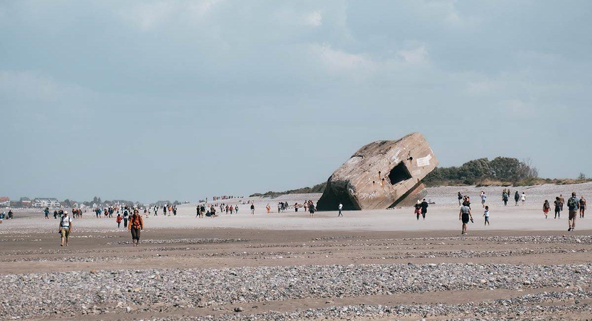 baie-de-somme-plage-du-hourdel-blockhaus-refuse-to-hibernate